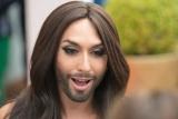 Как именинница Кончита Вурст выглядит в образе мужчины
